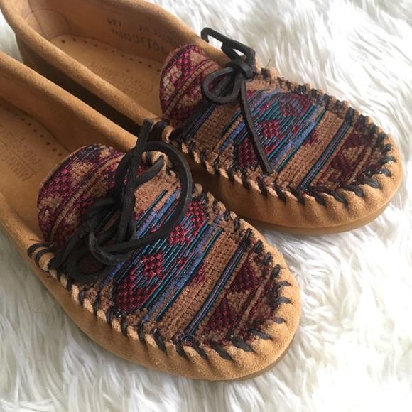 Minnetonka Shoes - Brand New in Box Minnetonka Suede Aztec Moccasins